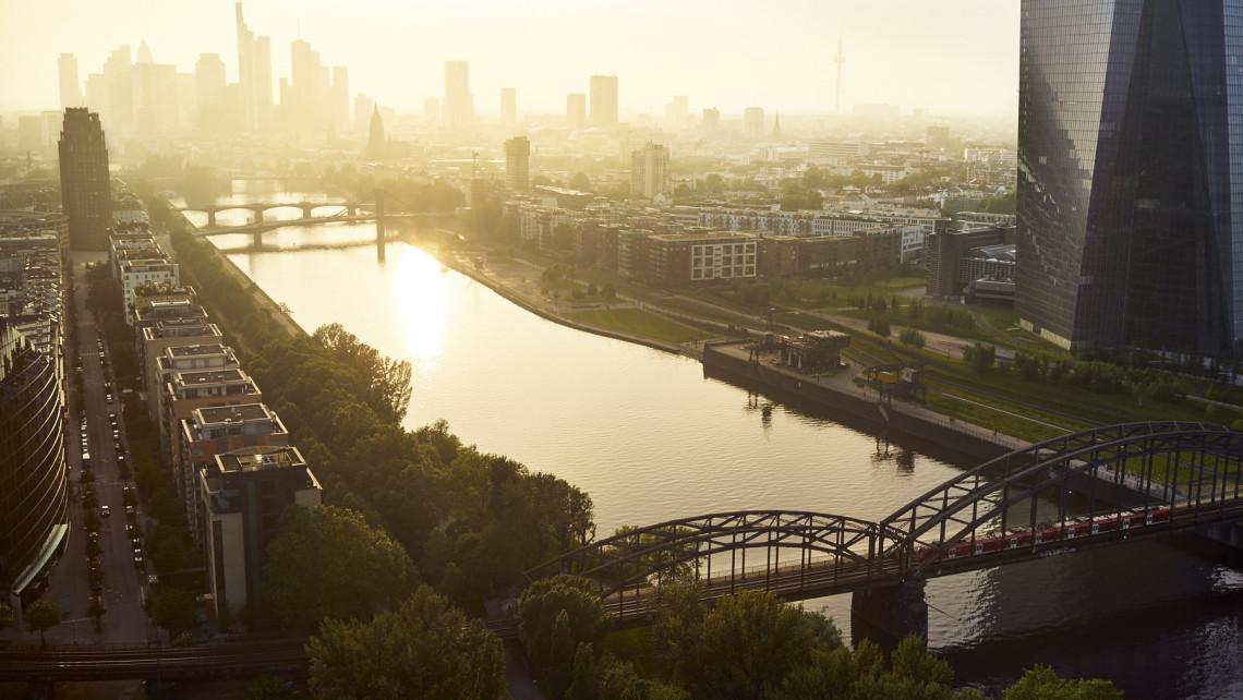 Frankfurt_Skyline_CooperCopter